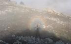 La photo du jour : spectre de Brocken entre Santu Petru et Pietralba