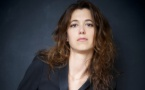 """Prix littéraire du """"Monde"""" : """"Elle a menti pour les ailes"""" de Francesca Serra dans la sélection"""