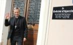"""VIDEO - Olivier de Germay : """"J'ai appris mon métier d'Evêque en Corse"""""""