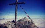 La photo du jour : le monte Astu au-dessus des nuages
