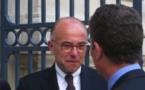 Bernard Cazeneuve invite la presse corse à diner pour une séance d'explication