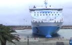 """Quand le """"Piana"""" et le """"Pascal-Paoli"""" se """"garent"""" dans le port de Bastia…"""