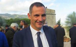 """""""Revue de Corse"""" avec Gilles Simeoni sur Corsica Radio avec Paroles de Corse et Corse Net Infos"""