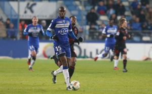 Le Sporting réduit à 10 résiste à Nice (1-1)