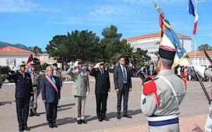 Prise d'armes au 2ème REP de Calvi pour le 154ème anniversaire du combat de C amerone