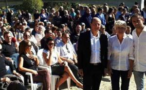 Le tandem Paul-Félix Benedetti/Jean-Baptiste Arena, accompagné de Brigitte Artily, numéro 2 de la liste, et entouré de près de 300 militants.