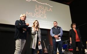 In prisenza anzituttu di  a squadra di Cinemusica  Frederique Densari, cunsigliera tarrituriale, Tony Casalonga, centre culturale Voce, Christiane Acquaviva, artista teatrale.