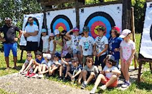 Tir a l'arc et Ultimate frisbee pour la classe de CP bilingue de l'école Modeste-Venturi de Bastia