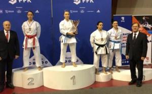 Alexandra Feracci remporte la coupe de France Kata