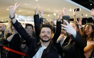 Selfies et dédicaces avec Kev Adams à la Fnac d'Ajaccio