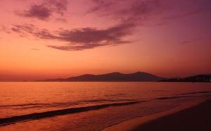 Incroyable gamme de rouges au-dessus d'Agosta-plage  à Albitreccia (Photo Stephanie Ingram)