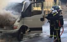 Ajaccio : Un véhicule utilitaire détruit par un incendie