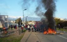 Soutien aux interpellés : Des élèves du Fium'orbu bloquent l'accès à l'établissement scolaire