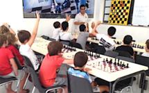 """""""Scacchi è lingua corsa"""" : Stasgi bislingui d'estate in a casa di i scacchi in Bastia!"""