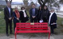 Bastia : Un banc rouge pour dénoncer la violence envers les femmes