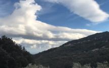 "Les incendies de Sant'Andria di U Cotone et de Chiatra maîtrisés, la Haute-Corse toujours en vigilance jaune ""vents violents"""