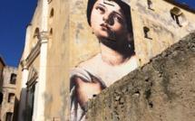 """""""Outings project"""" s'installe sur les murs de la citadelle de Calvi"""