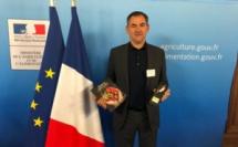 Clos Culombu à Lumio : Le prix d'excellence du ministère de l'Agriculture à Etienne Suzzoni