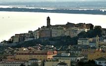 La photo du jour : Bastia blotti autour de Santa Maria et San Ghjuvà