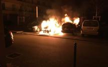 Voitures en feu à Ajaccio et Bastia