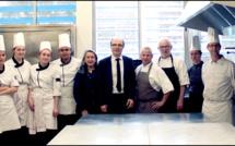 Ajaccio : le chef pâtissier Francis Pean en visite au lycée professionnel du Finosello