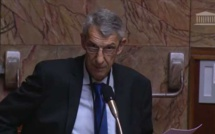 Michel Castellani interpelle le gouvernement sur la pollution plastique dans le canal de Corse