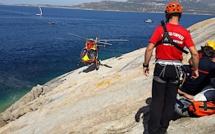 Un homme chute dans les rochers à Calvi