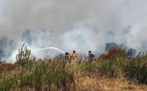 Des renforts aériens à Calenzana. Trois pompiers incommodés par la fumée