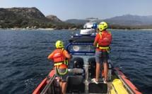 Une vedette de 10 M remorquée jusqu'au port de Pianottoli-Caldarello