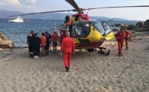 Porto-Pollo : le parachute ascensionnel finit à la mer, une mère et son enfant victimes d'un début de noyade
