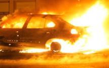 Véhicule en feu à la sortie de Ghisonaccia