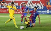 GFCA dominé à Laval 2-0