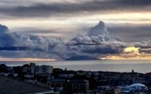 La photo du jour : lever de Soleil tourmenté sur l'Ile d'Elbe