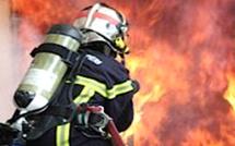 Bastia : une voiture prend feu sur le front de mer