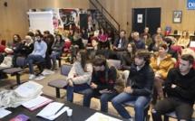 Les échanges franco-québécois expliqués aux jeunes corses