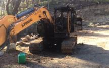 Ghisoni : une pelle mécanique et une voiture visées par un incendie