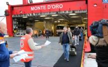 Coronavirus à Ajaccio : La Croix-Rouge et la Protection Civile en première ligne, informent les passagers
