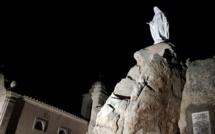 Le sanctuaire de Notre-Dame de la Serra dans la lumière