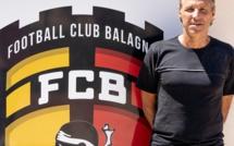 Dominique Veilex nouvel entraîneur du FC Balagne présente son projet. Le gardien Clément Maury (GFCA) a signé