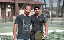 Tennis Club de Calvi: l'élève Vincent Gervasi rejoint le maître Fabien Bekenteche