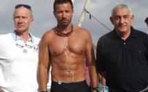 L'Ile-Rousse : Le rameur de l'extrême Denis Cardonne est parti pour Argelès-sur-Mer