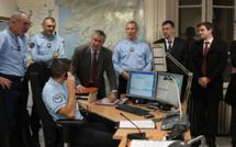 Patrick Strzoda, préfet de Corse-du-Sud, avec les services d'intervention