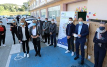 Covid-19 : L'ARS de Corse distribue 2 000 masques inclusifs