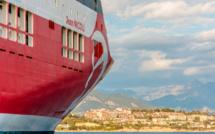 Covid-19 : dépistage par test antigénique à bord du Jean-Nicoli