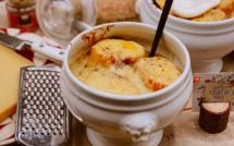 A table : la soupe a l'oignon avec… La petite cuisine de Marie