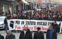 8 000 personnes ont défilé à Bastia pour demander un statut fiscal dérogatoire