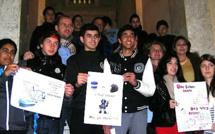 Les jeunes artistes du concours d'affiches sur la Sécurité routière récompensés