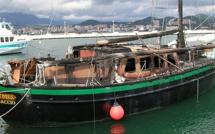 Après la destruction de son navire par le feu dans le port d'Ajaccio, Jacky Salin raconte…