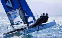Record du tour de Corse à la voile  : Bourgnon abandonne