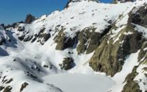 La photo du jour : Capitellu gelé